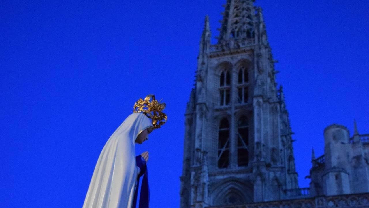 Rosario de la Aurora en Burgos